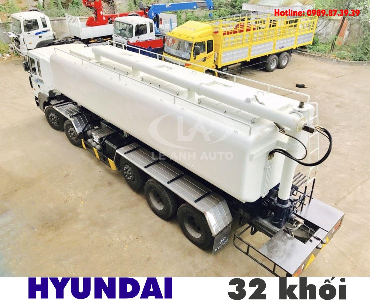 Xe bồn chở cám thức ăn chăn nuôi 32 khối Hyundai HD360