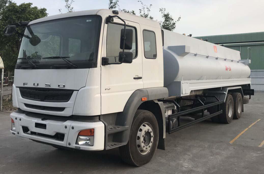 Xe bồn xăng dầu 18 khối Fuso FJ